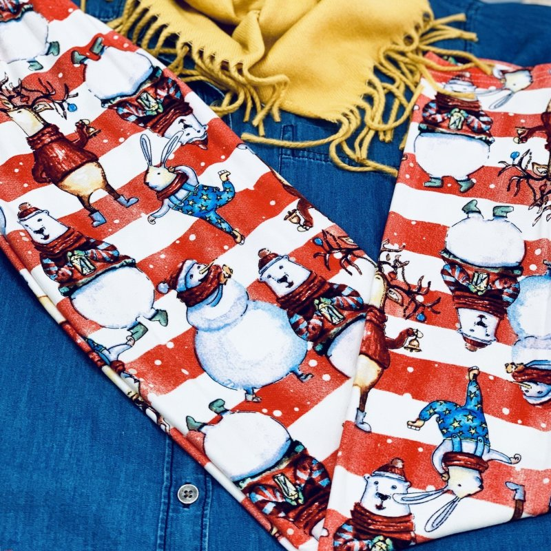 Beary Christmas Dream Leggings #HolidayFashion