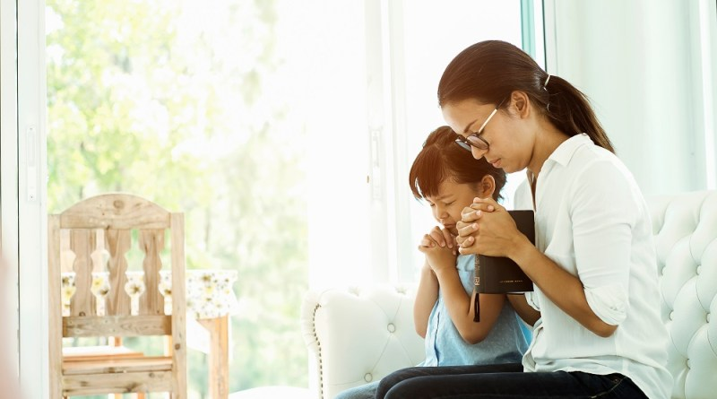 Praying for God's Provisions without Asking for Money #Prayer #FamilyFinances #HowtoPray