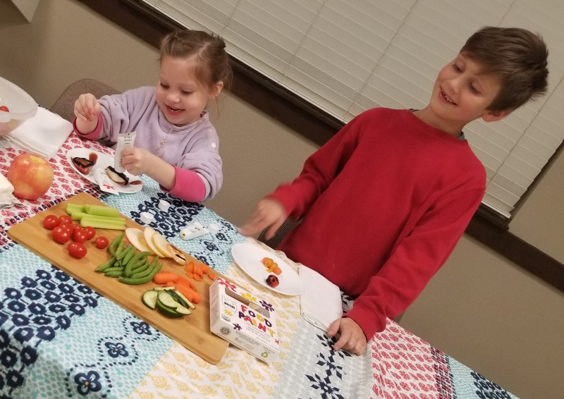 Integrating Vegetables into your child's diet with help from NOSHI!#noshifoodpaint #noshiforkids #ColorMyFoodNoshi
