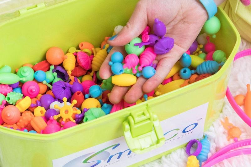 SMITCO Snap Pop Beads - 725 Piece Preschool Crafts Jewelry Making Kit for Kids #SmitCoLLC #Gift