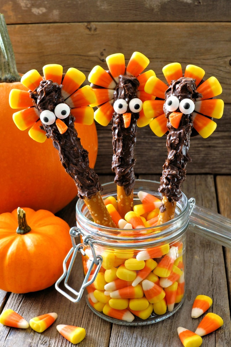 Chocolate Turkey Pretzel Rods