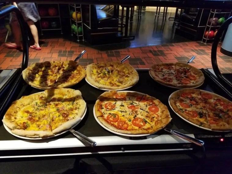 Splitsville pizza