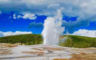 a geyser in yellowstone