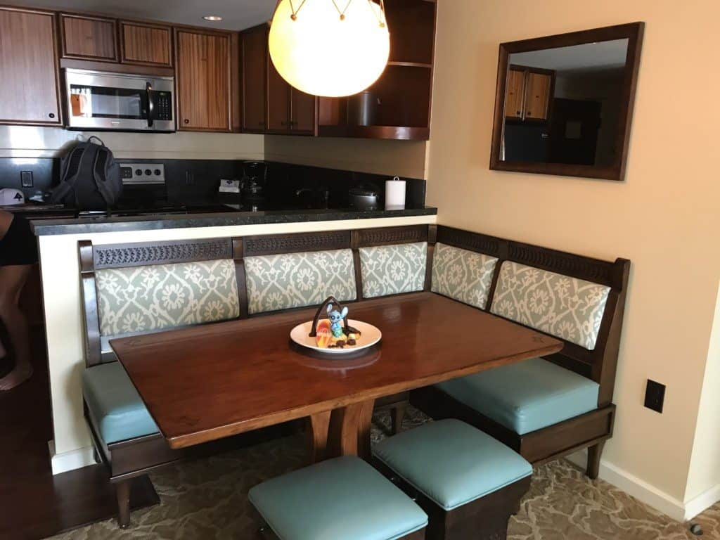 Dining room in the Disney Aulani One Bedroom Villa