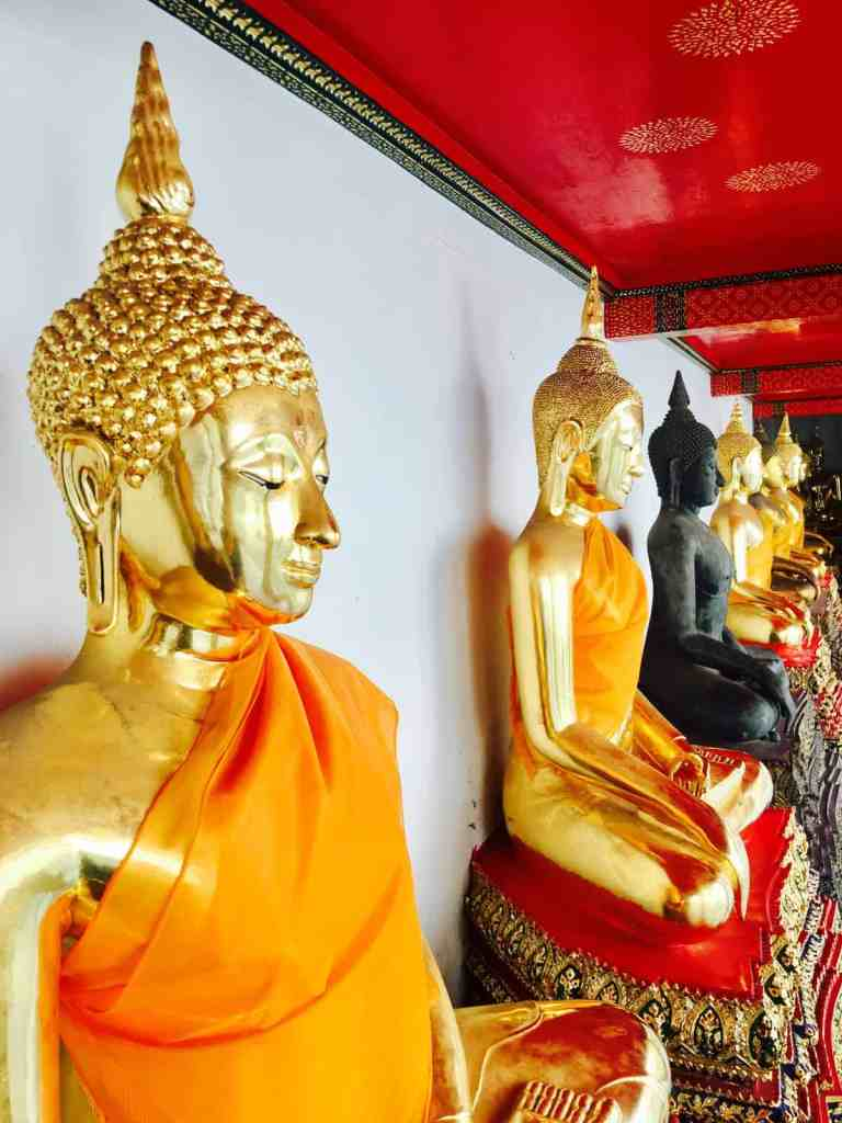 golden Buddhas at Wat Pho