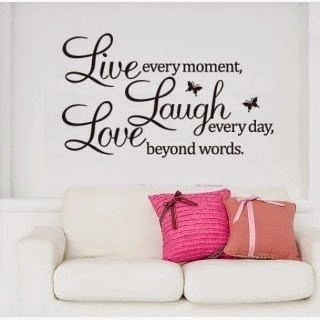 What Are the Benefits of Using Wall Quotes Decals?