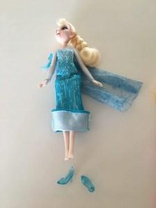 Elsa-doll-mom-hack