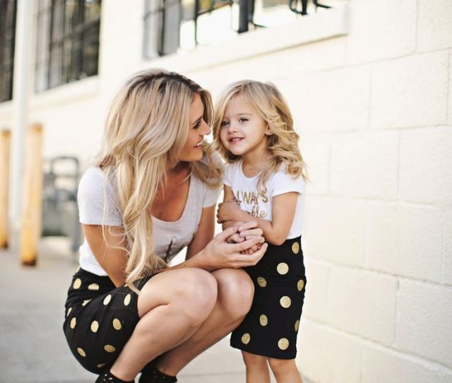 Adorable Outfits For Mom And Daughter
