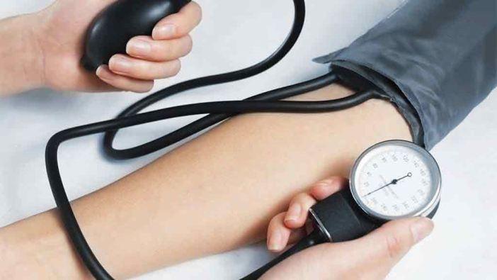 power of hugs-blood-pressure