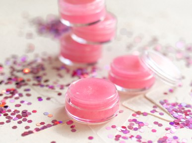 making-your-own-homemade-pink-lips-balm