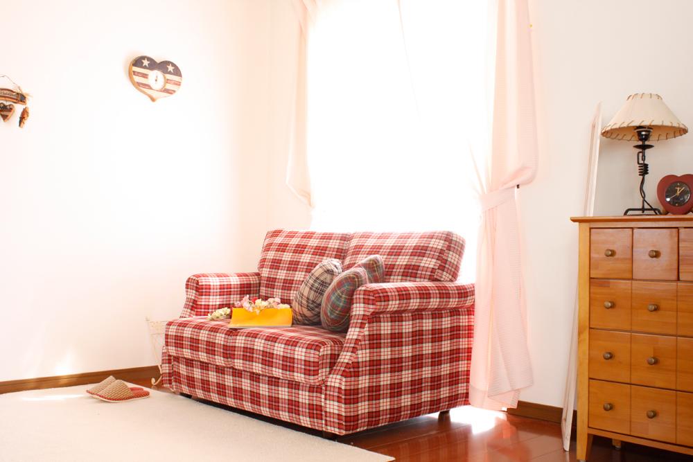女の子の一人暮らしをイメージした部屋 フリー画像 | モームの画像素材集