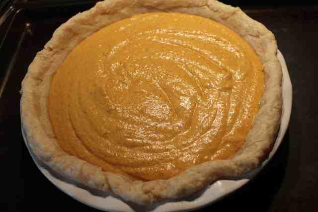 Pumpkin Pie Without Canned Milk - www.momwithcookies.com #pumpkinpie #recipe #pumpkinpierecipe #pumpkinpiewithoutcannedmilk #pumpkinpiewithsourcream #pumpkinpiewithoutevaporatedmilk #pumpkinpiewithoutcondensedmilk #pumpkinspice #pumpkinspicerecipes #pumpkinspicefood #pumpkinrecipe #pumpkinrecipes