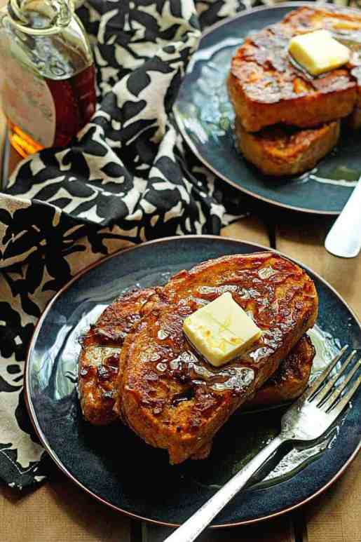 Pumpkin Recipes to make this fall - www.momwithcookies.com #pumpkin #pumpkinrecipes #pumpkinrecipe #pumpkinrecipesroundup #rounduppumpkinrecipes #fallrecipes #fallrecipesroundup #pumpkinspice #pumpkinspicerecipes #pumpkinspicerecipesroundup