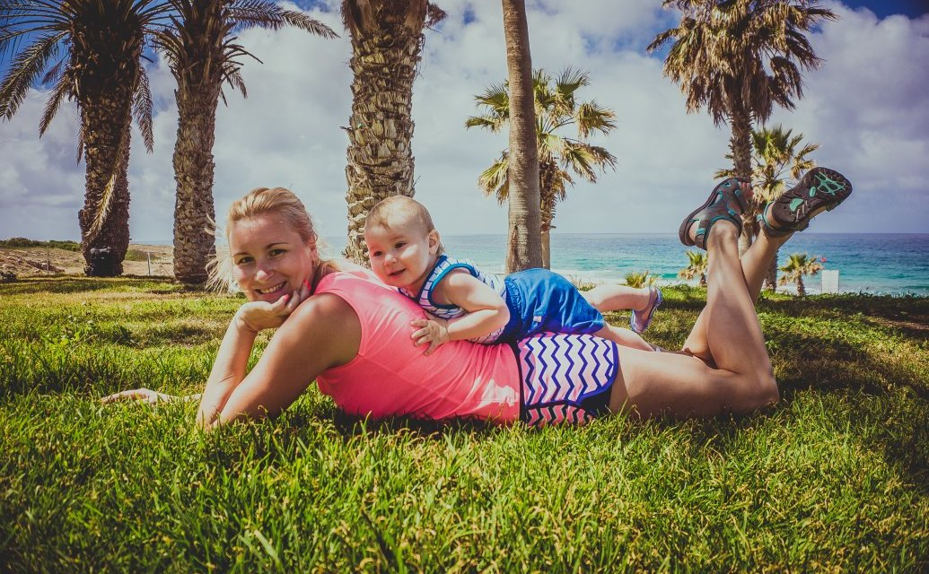 Going for a holiday with babies? Tips for baby sleeping routine while traveling