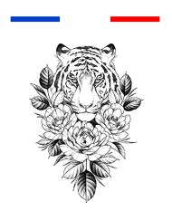 Tatouage tigre fleurs sous sa tête