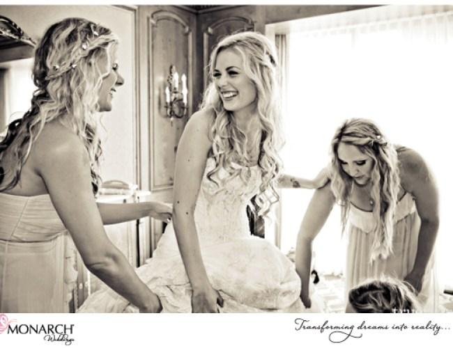 Bride-getting-ready-shot-Westgate-hotel