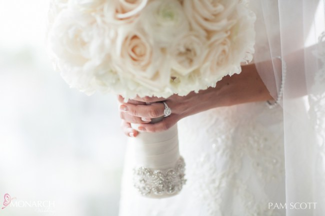 stunning-bridal-bouquet-with-crystal-band-wrap-hotel-del-coronado-wedding