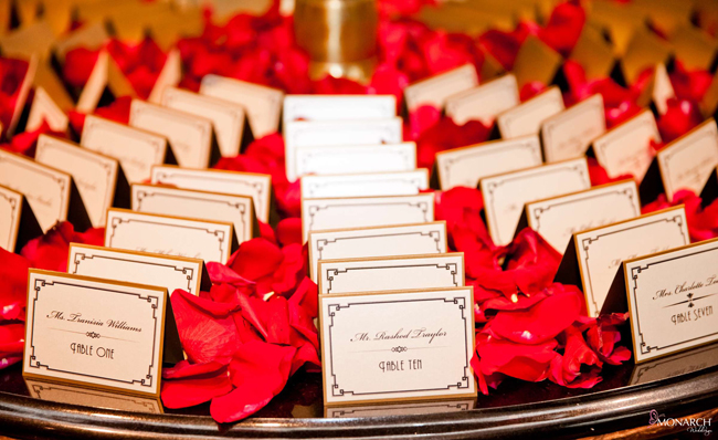 Gatsby-escort-card-whimsique-red-roses-us-grant-hotel