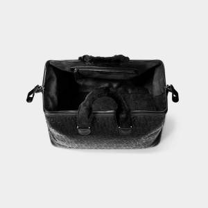 Monarchy London, Luxury Leather Goods for Stylish Men and Women. Men's and Women's luxury leather weekender.