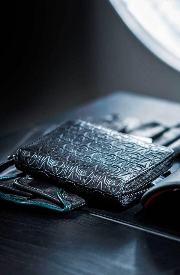 Monarchy London, Luxury Leather Goods for Stylish Gentlemen. Zip around black leather wallet for men