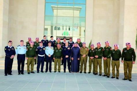 الأمن الأردني يُكرم منقذي 4 سعوديين من الغرق