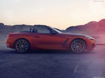 BMW Z4 2019 profile