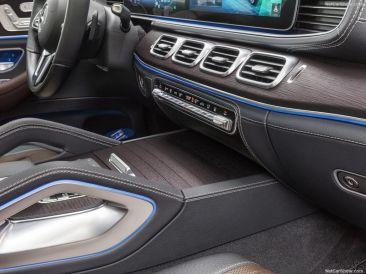 Mercedes GLE 2019 console
