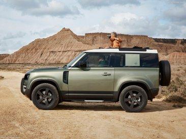 Galerie Land Rover Defender 2020 version 90 de profil