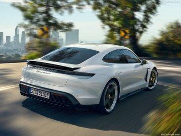 Porsche-Taycan-2020-1024-12
