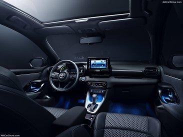 Toyota-Yaris-2020-1024-16