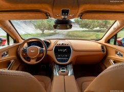 Aston Martin DBX 2021 habitacle