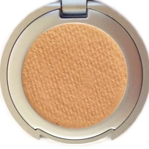 Sandra Cream to Powder Concealer