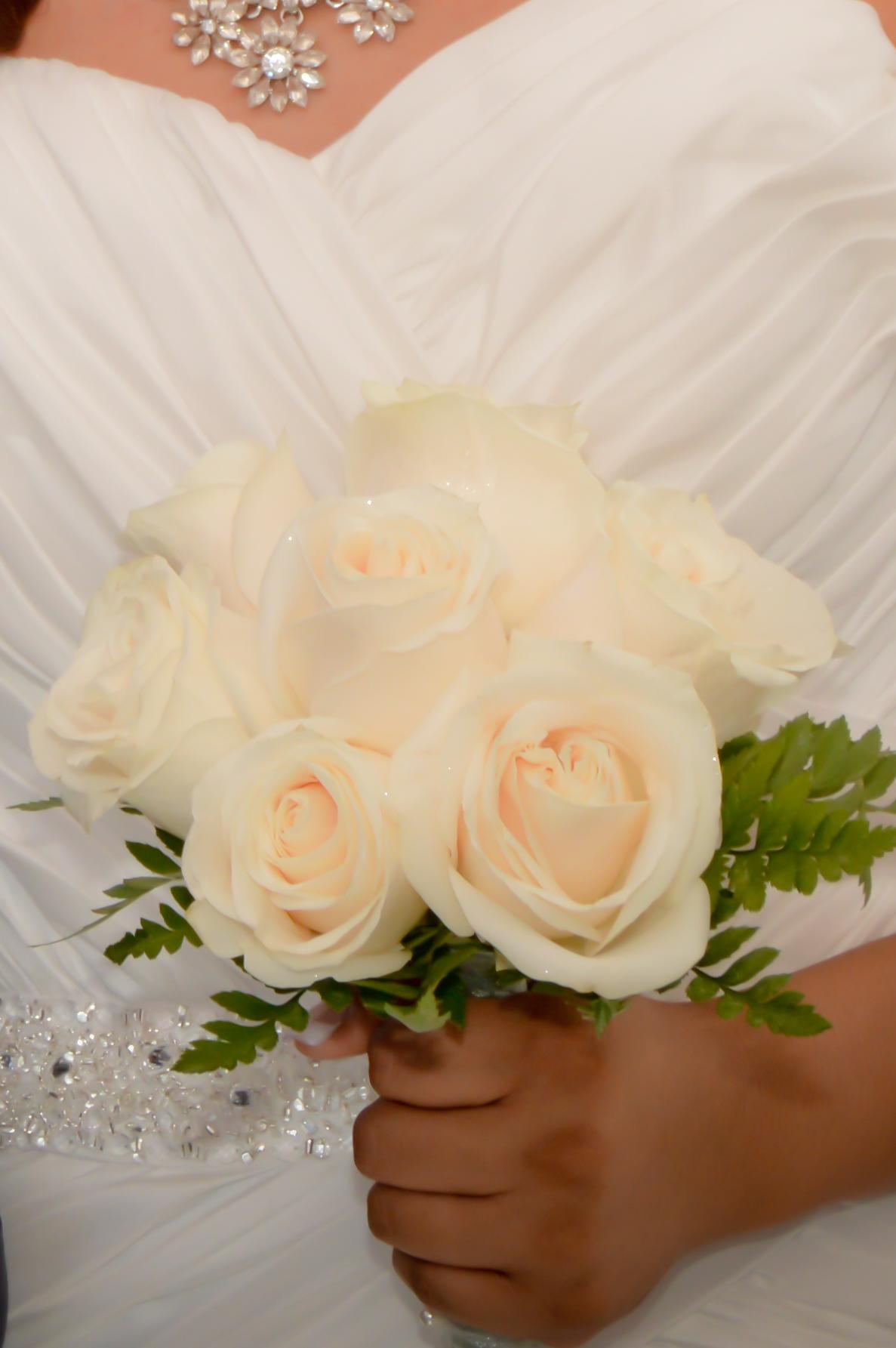Nine Rose Hand Tied Bridal Bouquets Las Vegas Weddings