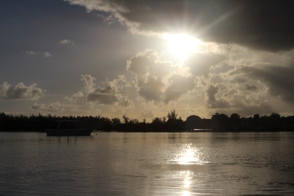 zilwa-mer-lever-soleil