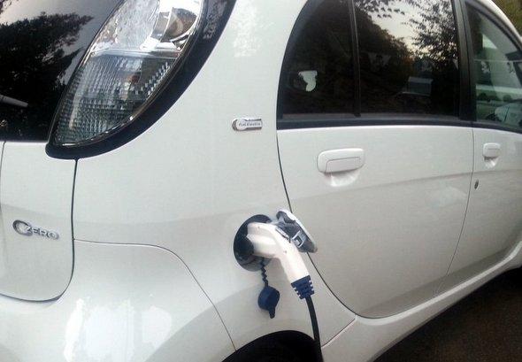 voiture-electrique-C-zero