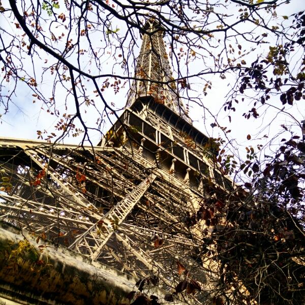 La Tour Eiffel avec des enfants et le nouveau parcours Gus