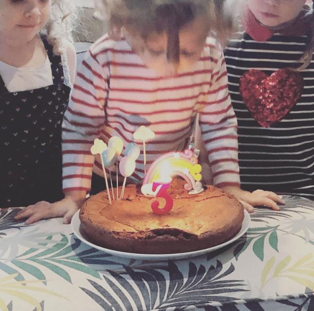 Gateau anniversaire pour 3 ans.png