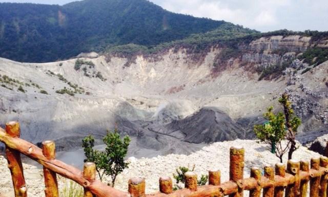 Gunung Tangkuban Parahu