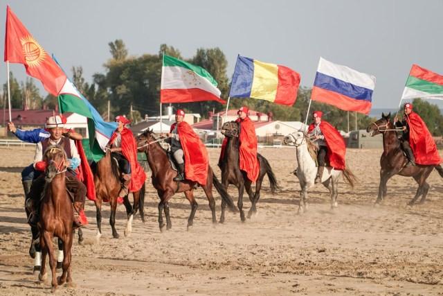 nações entrando para os Jogos mundiais nômades