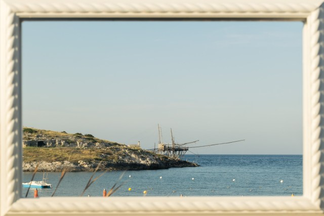 the view of a trabucco within a frame