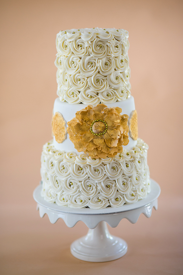 Pics Of The Week Ivory And Gold Rosette Cake