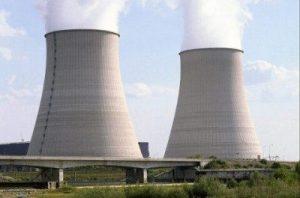 Des groupes environnementaux, trois partis d'opposition et les Premières Nations dénoncent tous l'appui d'Ottawa pour financer les futurs réacteurs nucléaires