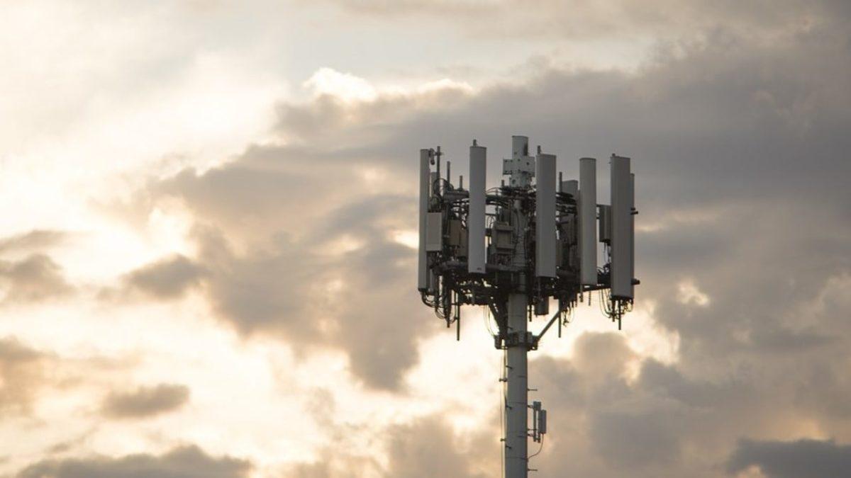 Emergenza copertura di telefonia mobile in montagna, UNCEM lancia l'allarme