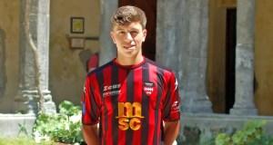 Sorrento, il nuovo centrocampista Stefano Selvaggio