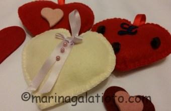 San Valentino: cuori di stoffa in pannolenci