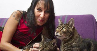 Barbarella Buchner e i suoi gatti