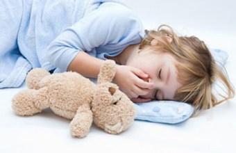 Dormire con i peluches, bambini e sonno