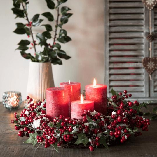 ghirlanda decorazioni di natale rosse