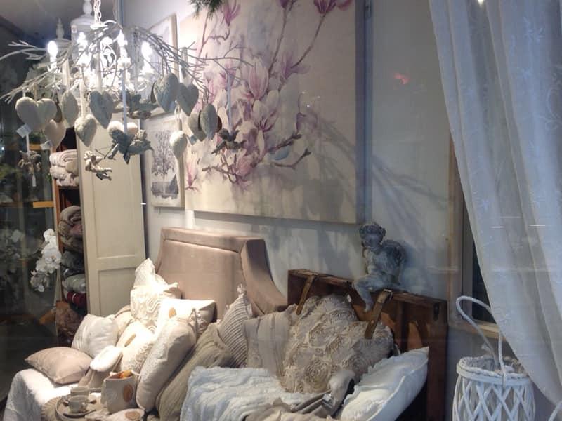 Maison de provence è l'angolo di provenza nel cuore di torino.centinaia di articoli in stile provenzale, shabby chic & Stile Shabby Chic Mondoshabbychic It