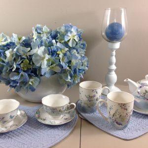 Clayre & Eef Set 2 tazze in porcellana con fiori azzurri e farfalle